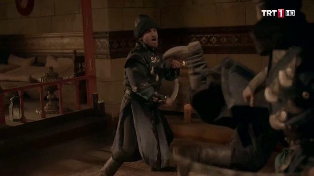 Ertuğrul Nasır'ın Odasında Dövüş Sahnesi